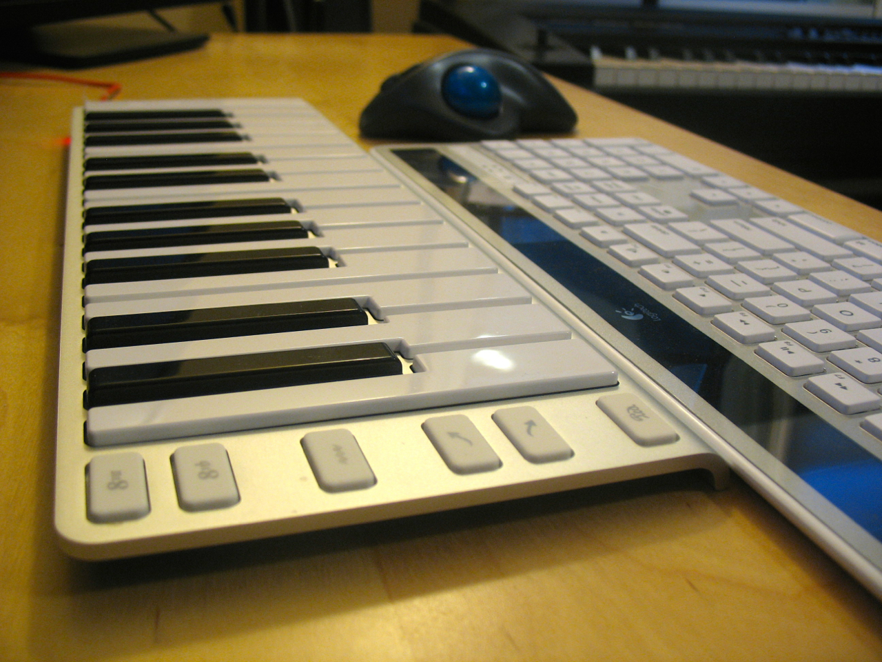 the xkey midi keyboard is a fine companion for music software scoring notes. Black Bedroom Furniture Sets. Home Design Ideas